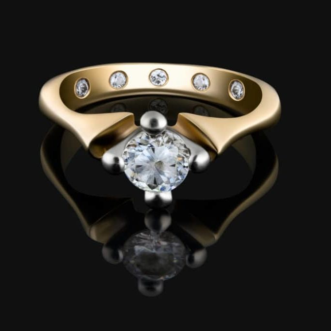 Evermore Moissanite